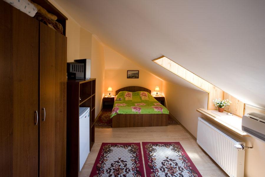Эконом номера мини-гостиницы Чайка — недорогой отдых в Ялте